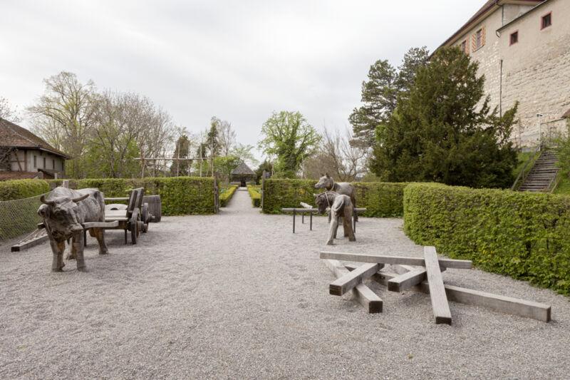 SchlossKyburg_2_Spielplatz.jpg